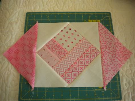 How to Make a Square in a Square Quilt Block: A Tutorial