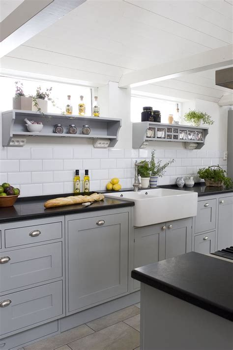 pics of painted kitchen cabinets 39 best handig images on baking center 7433