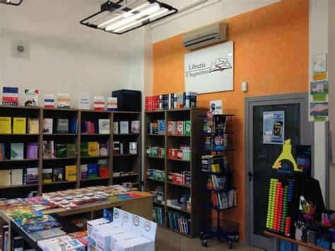 Libreria Universitaria Firenze by Interni Negozio Foto Di Libreria Il Segnalibro Firenze