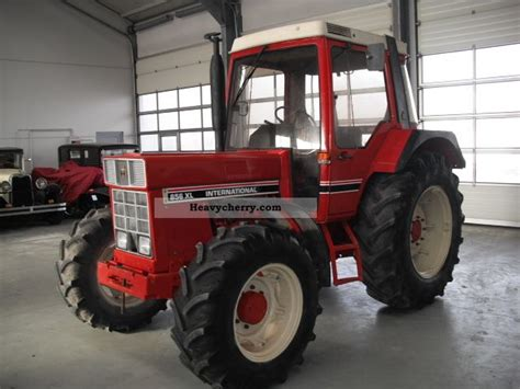 ihc 856 xl ihc 856 xl wheel tires 80 cab 1983 agricultural tractor photo and specs