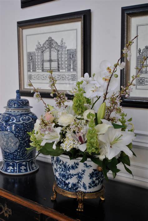 calling  blue  white lovers home interior design