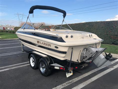 Larson Lxi Boats For Sale by 2004 Used Larson Lxi 210lxi 210 Deck Boat For Sale