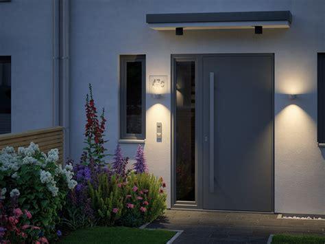 led außenbeleuchtung mit bewegungsmelder hauseingang gestalten mit der richtigen beleuchtung paulmann licht