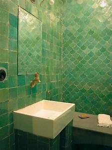 Objet Salle De Bain : carrelage emery cie objet d co d co salle de bain douche en 2019 pinterest ~ Melissatoandfro.com Idées de Décoration