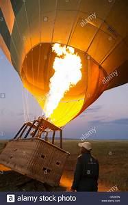 Ballon Mit Mehl Füllen : balloon stockfotos balloon bilder alamy ~ Markanthonyermac.com Haus und Dekorationen