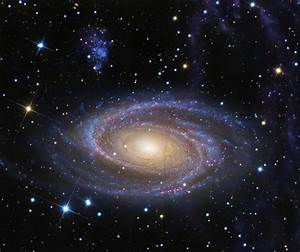 wordlessTech | Beautiful Spiral M81 Galaxy similar in size ...