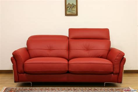 Leather Sofa With Headrests For Greater Comfort