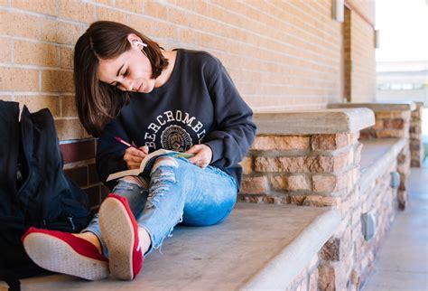 Izsludina vidusskolēnu uzņemšanu Līderu izglītības programmā - Alūksniešiem.lv