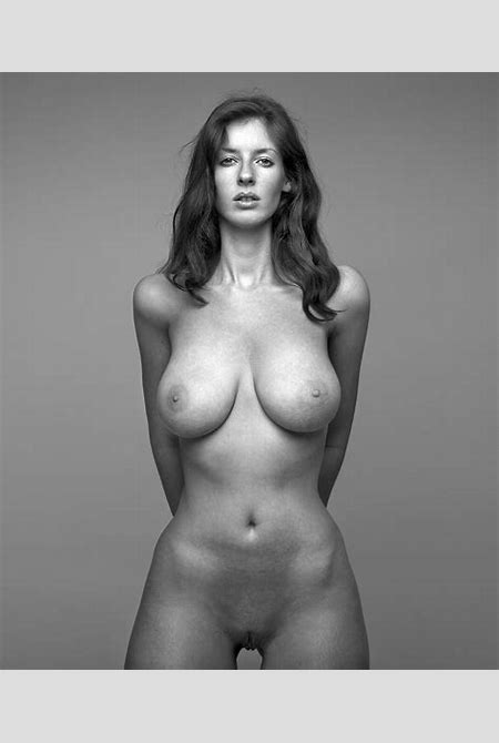 3.jpg in gallery Nude art by a famous photographer 201 (Picture 3) uploaded by Mec2PanAme on ...