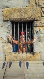 jail trapped escape sign donna pose intrappolato prigione che aiuto siedono limitato corde ha si fotografia