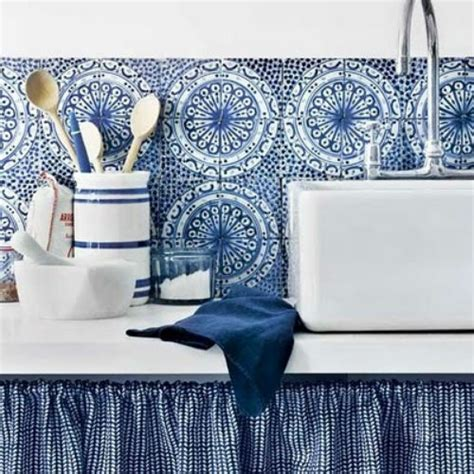 blue and white tiles kitchen blue and white tiles kitchens pinterest