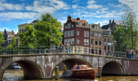 travel adventures amsterdam a voyage to amsterdam the