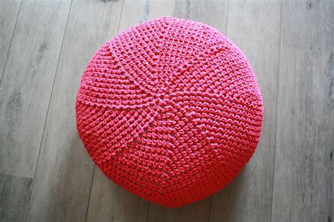 patron tricot pouf