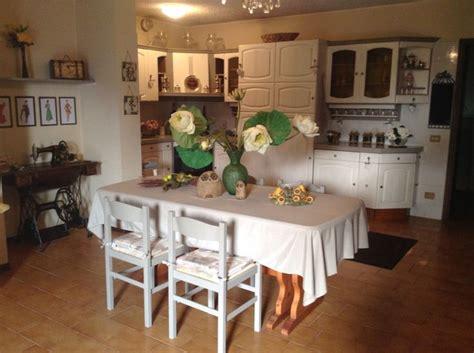 painters kitchen cabinets angolo cucina totalmente ridipinta con vintage paint 1392