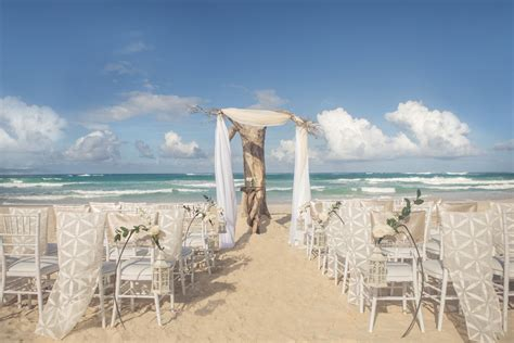 Top Beach Wedding Packages Of 2018