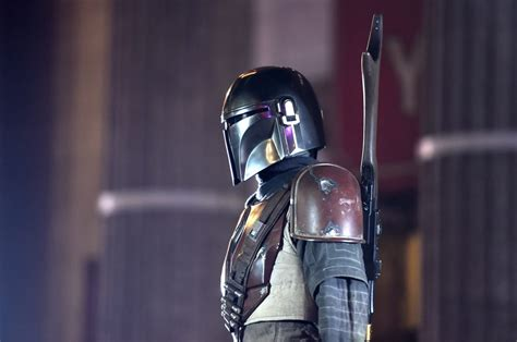 How Many Episodes Are in Season 2 of 'The Mandalorian' on ...