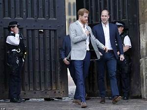 Prince Harry meets crowds in Windsor hours before royal ...