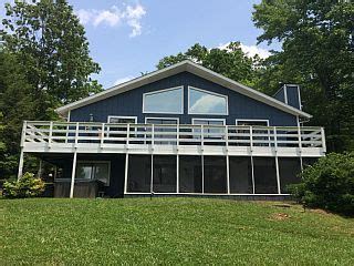 Westlake boat rentals rents deck boats, pontoon boats, & jet skis at smith mountain. Smith+Mountain+Lake+Waterfront+Home+with+Hot+Tub+&+Water ...