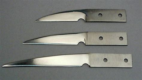 sharpest kitchen knives in the knife blades at shavers