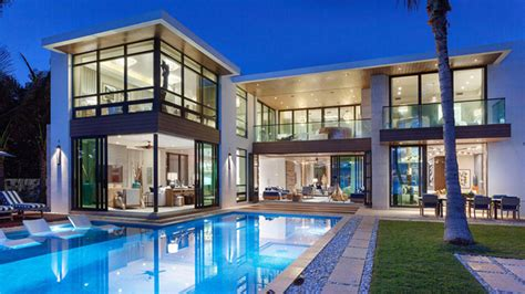 Roger Ailes Buys Modern Mansion In Palm Beach