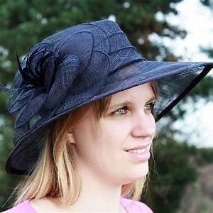 Chapeau Anglais Femme Mariage : chapeau mariage sisal ruban fleur plume bleu marine chapeaux pinterest ~ Maxctalentgroup.com Avis de Voitures