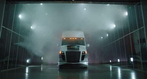 future  freight  semi trucks    transformers