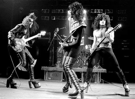 17 Best Images About Kiss 1973-1975 On Pinterest