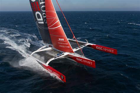Trimaran Idec by Sailing News Troph 233 E Jules Verne Trimaran Idec Day 1