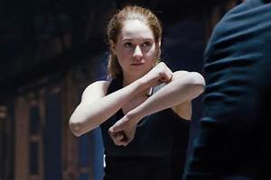 Shailene Woodley stars in first thrilling 'Divergent ...