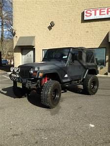 Find Used Jeep Wrangler Se 97 U0026 39  2 5l 4cyl  Manual