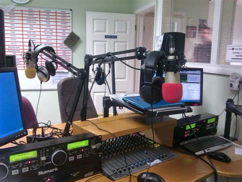 modern radio station creative tools on the web do you you could start a radio or fm station in for quot free quot
