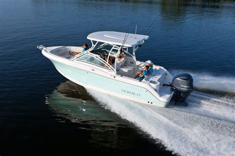 Robalo Boats R247 by 2018 Robalo R247 Dual Console Seattle