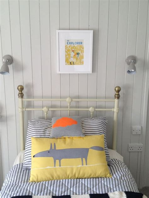 dulux dusted moss  spare room studio   bedroom