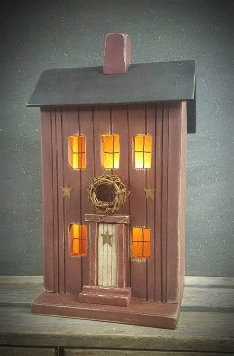 Primitive Saltbox Birdhouse