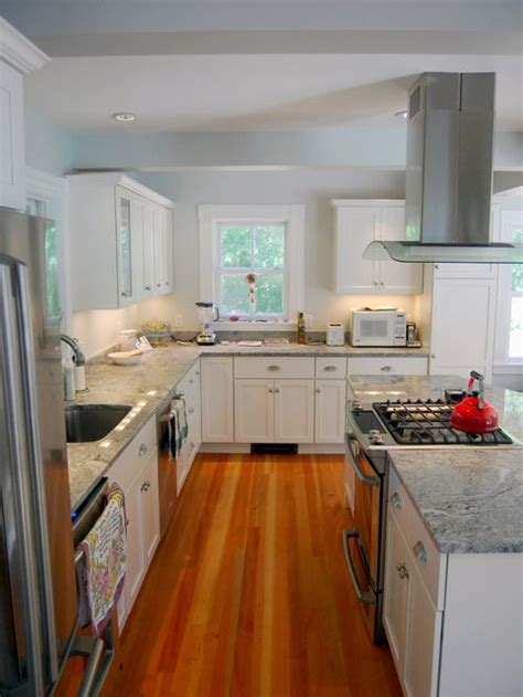 kitchen island ideas houzz island stove home design ideas pictures remodel and decor 5082