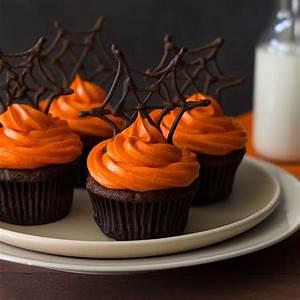 Halloween Rezepte Herzhaft : 13 scary easy halloween cupcakes halloween pinterest halloween rezepte halloween und ~ Frokenaadalensverden.com Haus und Dekorationen