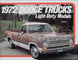 1972 Dodge Pickup Truck Original Sales Catalog 72 Mint