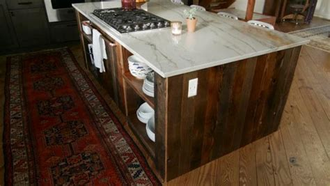 barnwood kitchen island how to build a barnwood kitchen island diy 1488