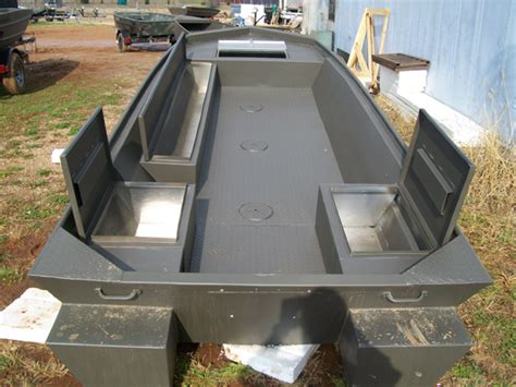 Alumacraft Boat Live Well by 1552 Tinboats Net