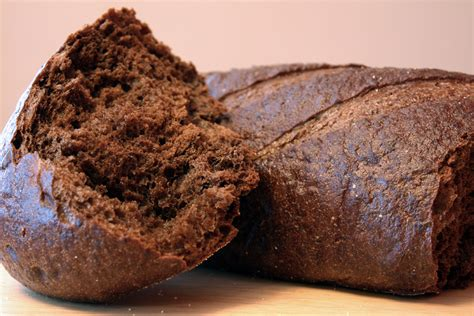 pumpernickel bread pumpernickel mainstreet bakery