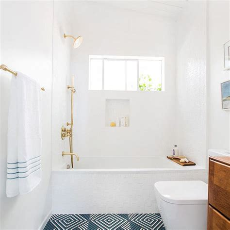 Best Small Bathroom Colors by The 9 Best Small Bathroom Paint Colors
