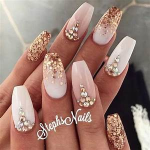 27 Chinese New Year nail inspirations to usher in Spring. We are in love with #5! - Daily Vanity