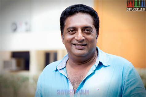Prakash Raj To Remake Godhi Banna Sadharana Mykattu