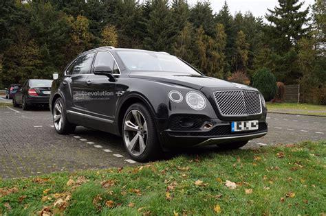 "2019 Bentley Bentayga Phev Reveals ""ev Mode"" Button In"