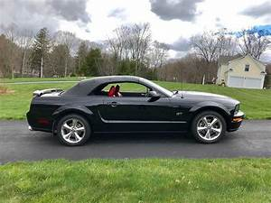 Black 2005 Ford Mustang GT Convertible Premium For Sale - MustangCarPlace