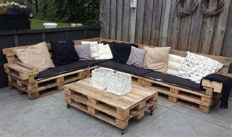 fabriquer canap d angle en palette comment fabriquer salon de jardin en palettes en bois