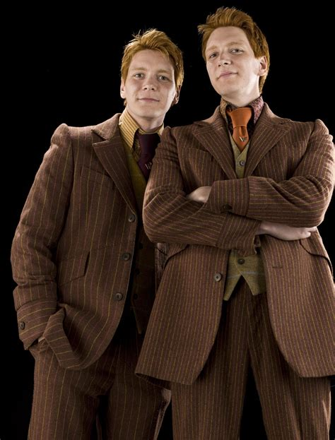 Fred And George Weasley Harry Potter Wiki Fandom Powered By Wikia