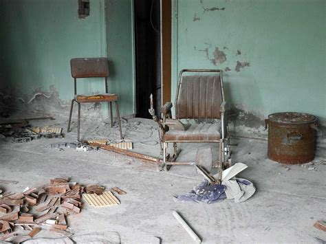 A second visit to the hospital in pripyat, including the basement where the contaminated uniforms of the firefighters first to. Dangerous Abandoned Hospital In Pripyat Chernobyl ...