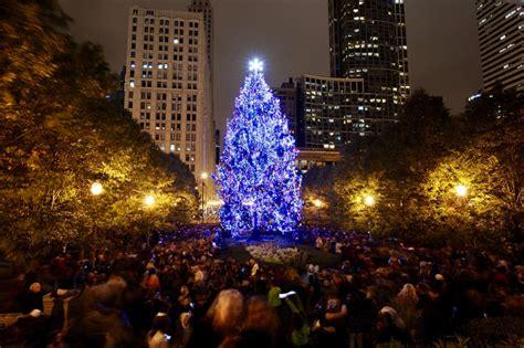 city  chicago city  chicago christmas tree