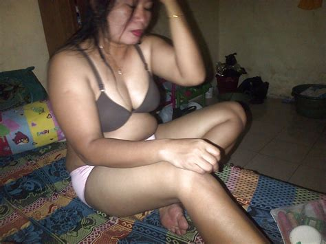 Indonesia Tante Aniek 8 Pics